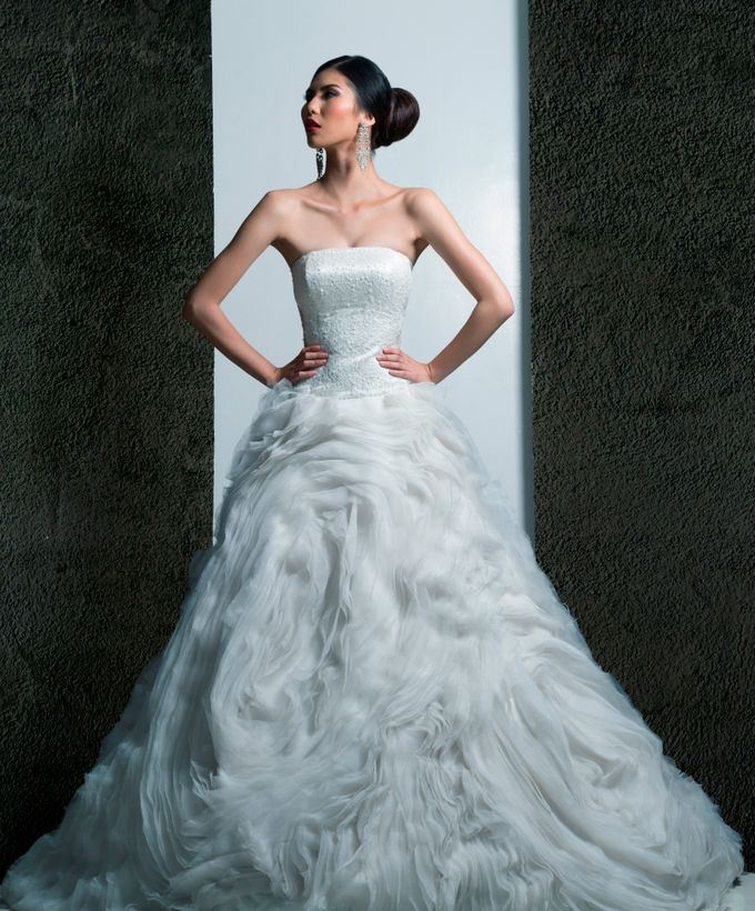 Delby Bragais - Bridal Photo Shoot by Delby Bragais Bridal - 001