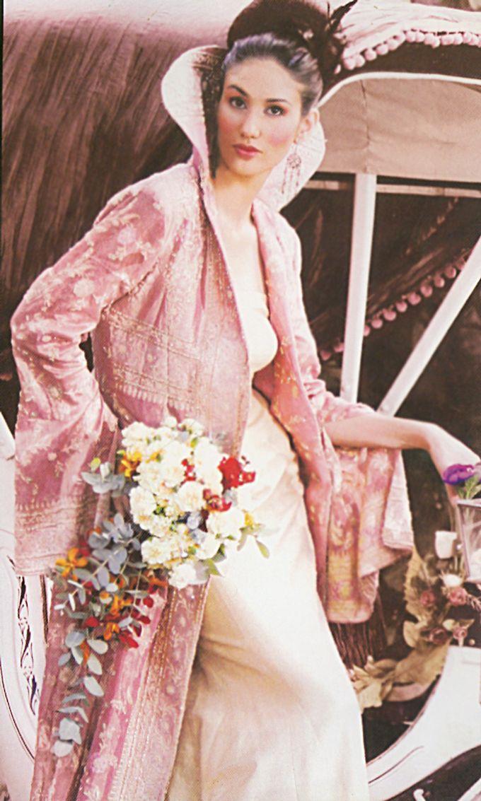 Themed Wedding Gown by Delby Bragais Bridal - 001