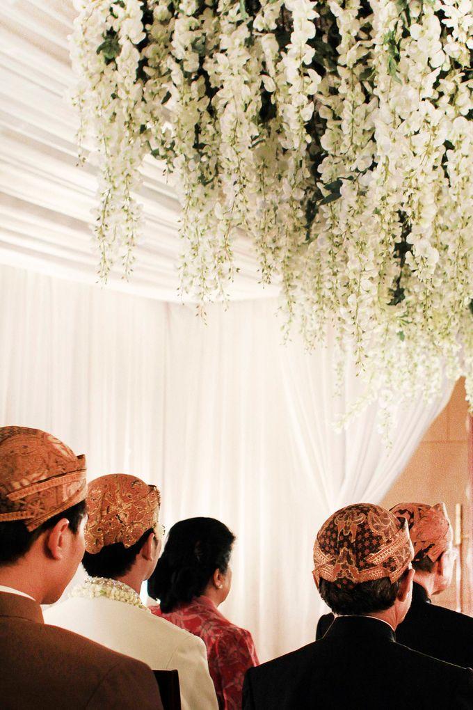 Laras-Adi Wedding by Dalang Indonesia - 002