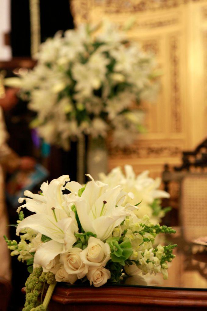 Maya-Ezra Wedding by Dalang Indonesia - 001