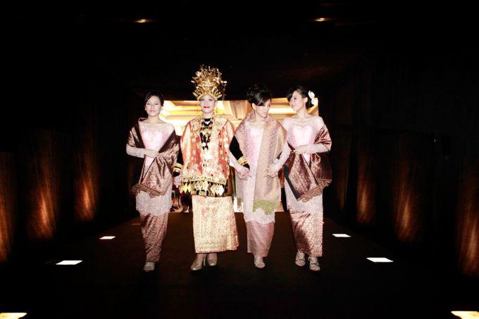 Maya-Ezra Wedding by Dalang Indonesia - 003
