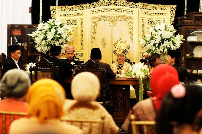 Maya-Ezra Wedding by Dalang Indonesia - 004
