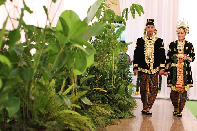 Maya-Ezra Wedding by Dalang Indonesia - 006