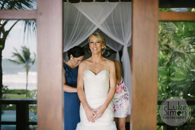 Destination Wedding Photography of Jess and Lee by Luke Simon Photography - 010