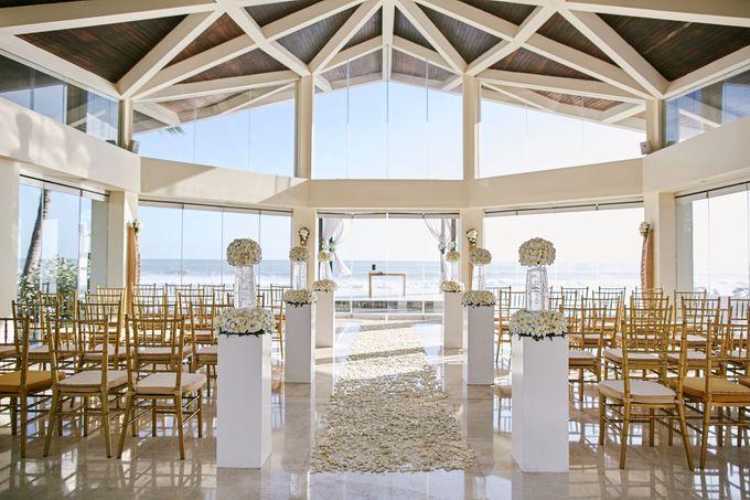 Kiarni & James Wedding by The Seminyak Beach Resort & Spa - 004