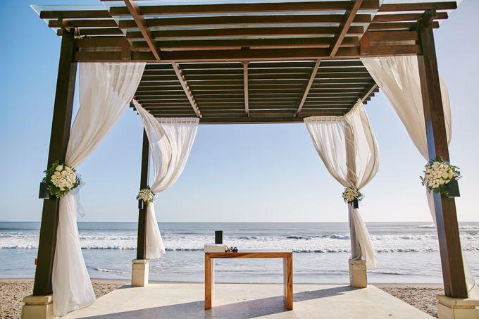Kiarni & James Wedding by The Seminyak Beach Resort & Spa - 006