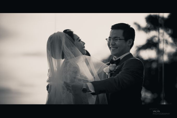 luxury tirtha uluwatu private wedding by Valyn Photography - 005