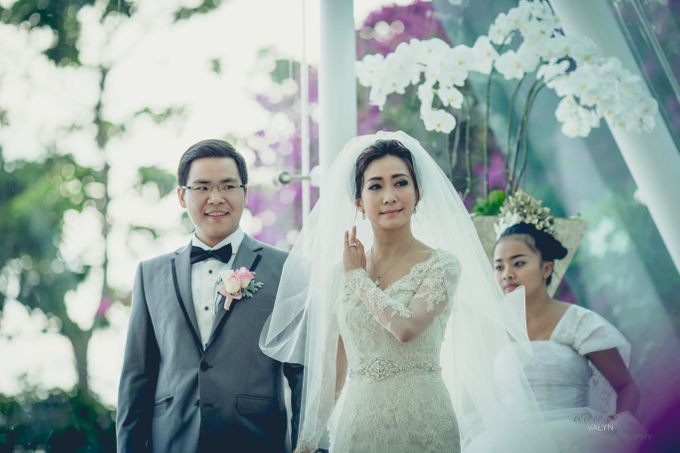 luxury tirtha uluwatu private wedding by Valyn Photography - 006