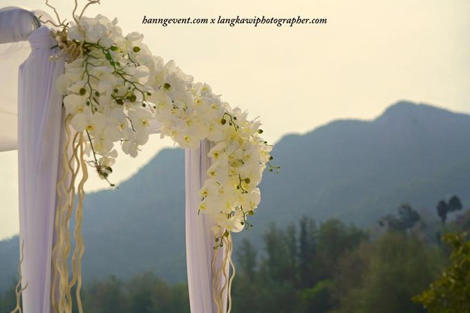 Ben & Laura Gorgeous Wedding at The Danna Resort Langkawi by PETER TAN Photography - 009