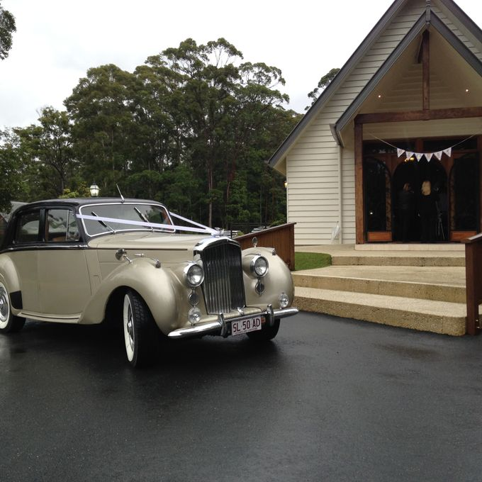 Bentleys by Tic Tac Tours & Premier Limousines - 008
