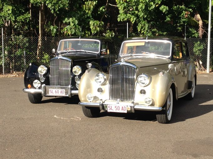 Bentleys by Tic Tac Tours & Premier Limousines - 005
