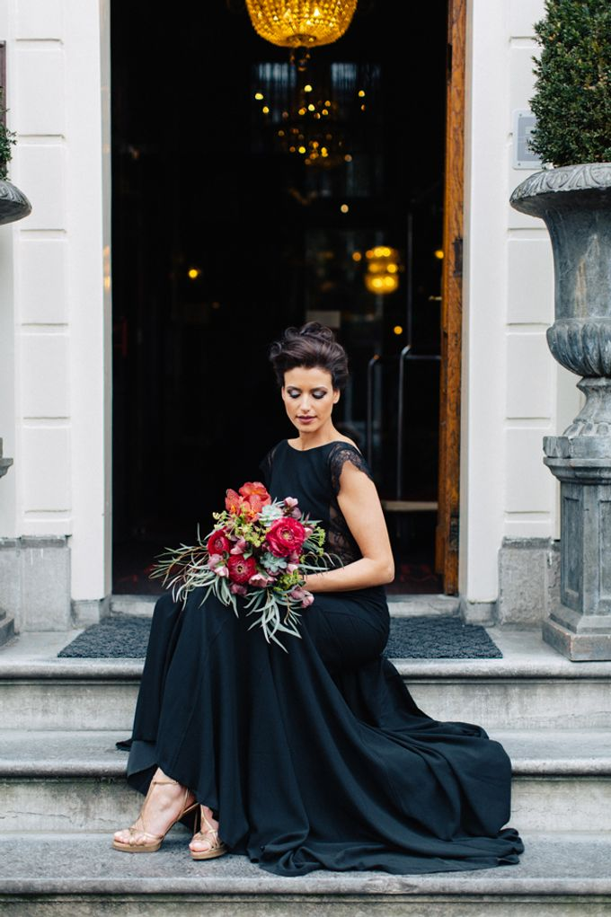 Sultry Marsala Wedding Inspiration by Tony Gigov Photography - 015