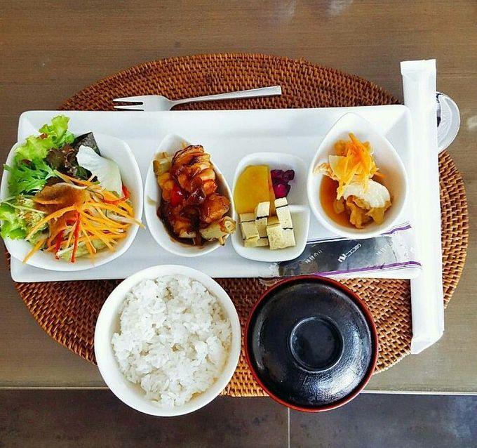 Dining by Villa de daun - 003