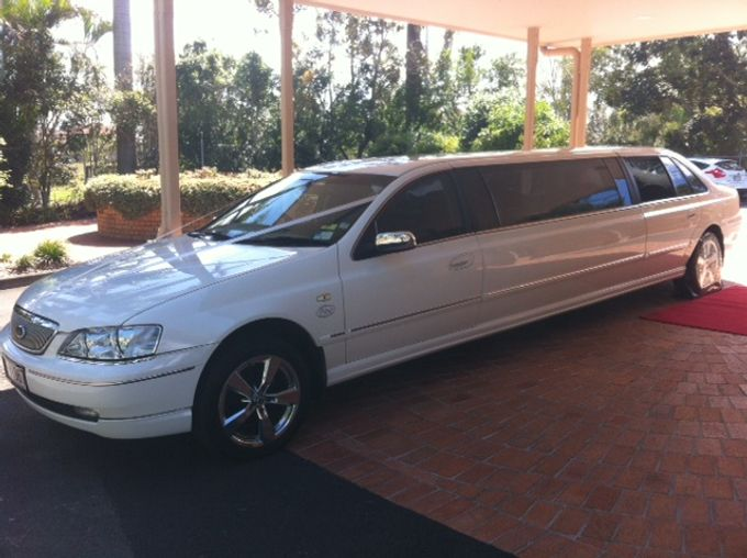 Stretch Limousines by Tic Tac Tours & Premier Limousines - 003