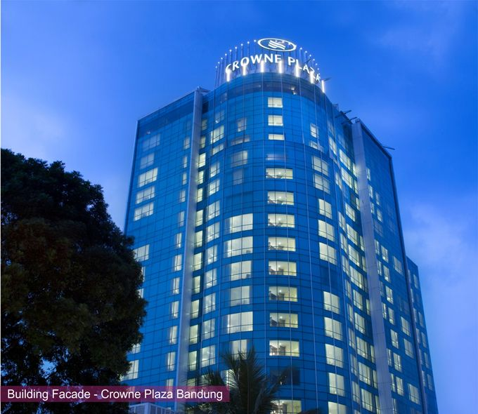 wedding package by Crowne Plaza Bandung - 006