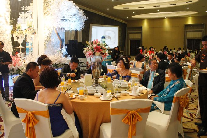 Wedding Ceremony at HARRIS by HARRIS HOTEL & CONVENTION FESTIVAL CITYLINK BANDUNG - 006