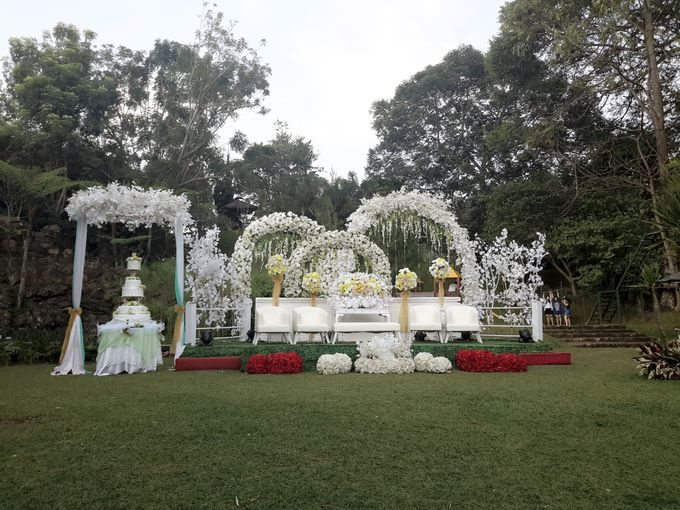 Wedding Decoration by Green Forest Resort & Wedding - 002