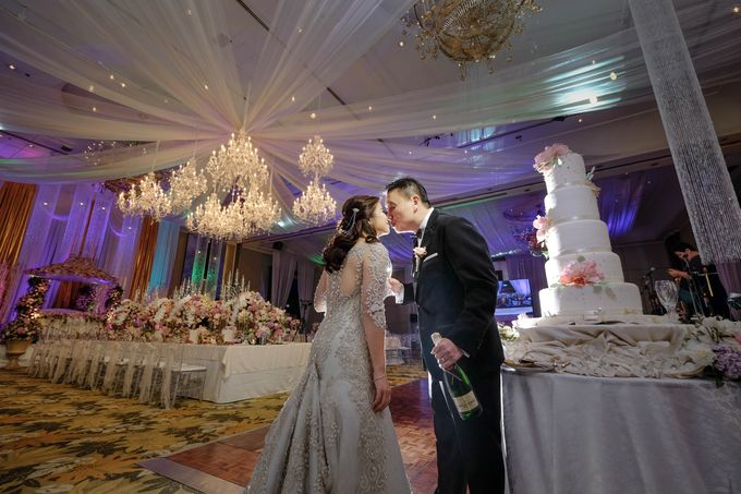Alfred and Dambia Tan Wedding by RJ Ledesma - 008