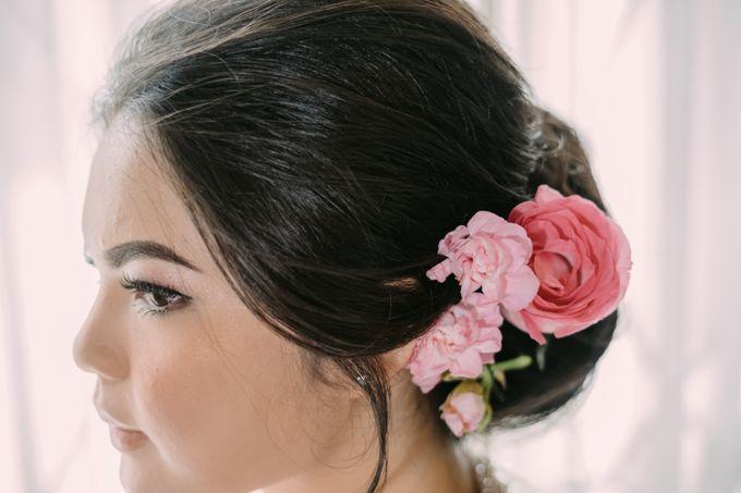 Cindya & Keisar Engagement by Pennyhairdo - 012