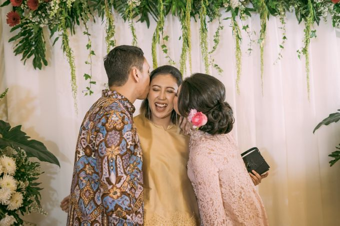 Cindya & Keisar Engagement by Pennyhairdo - 017