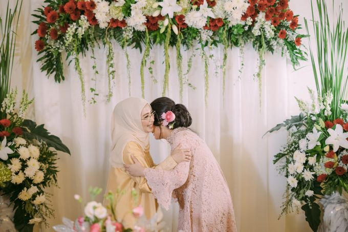 Cindya & Keisar Engagement by Pennyhairdo - 018