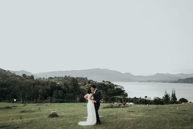 SARAH & LAMBOK  SAMOSIR ISLAND TOBA LAKE by Jivo Huseri Film - 007