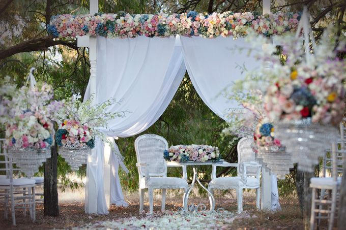 A Selection of Wedding Furniture we have available by Chic Rustique - 004