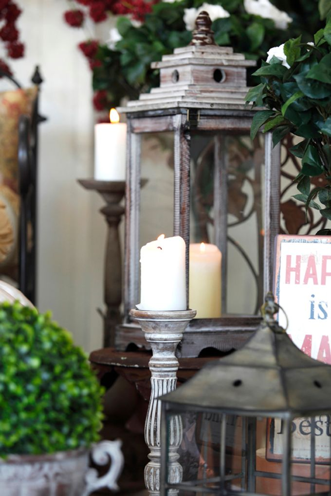 A selection of decorations we have available for hire by Chic Rustique - 033