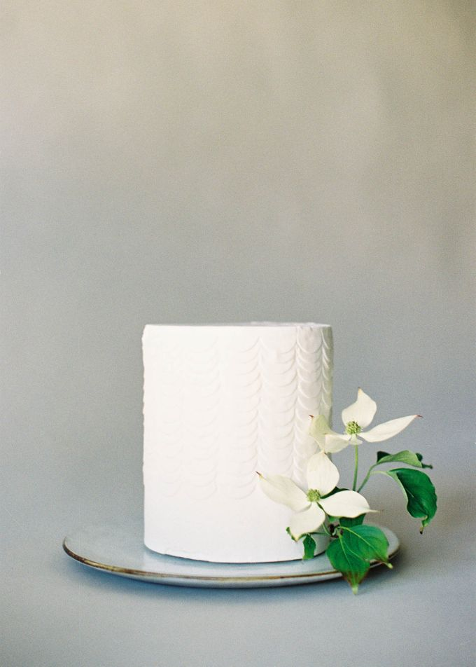 Lush Botanical Cake Design Inspiration for the Naturalist Bride by Jen Huang Photo - 023