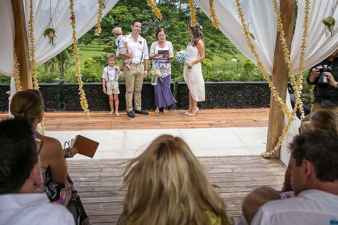 Cara and Sam Wedding at villa Vogel by Ferry Tjoe Photography - 025