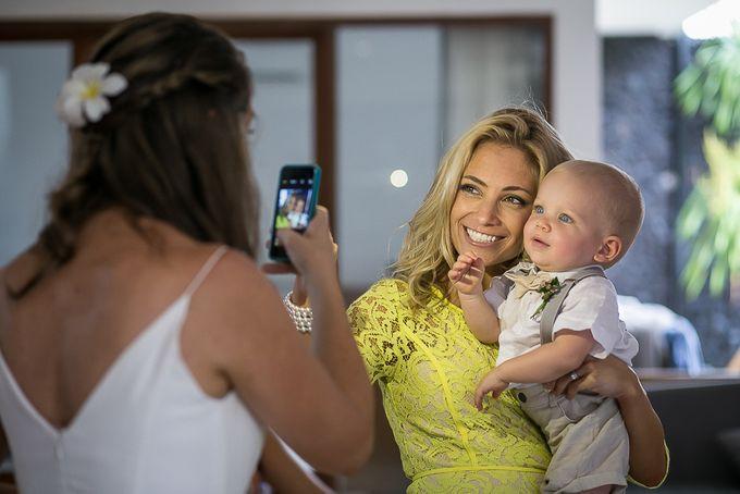 Cara and Sam Wedding at villa Vogel by Ferry Tjoe Photography - 037