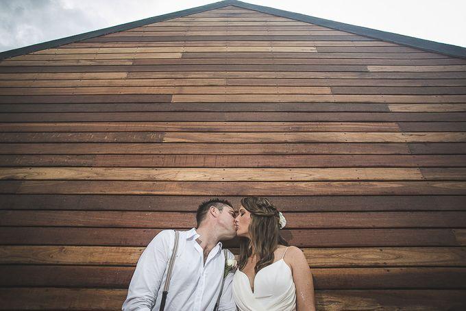 Cara and Sam Wedding at villa Vogel by Ferry Tjoe Photography - 038