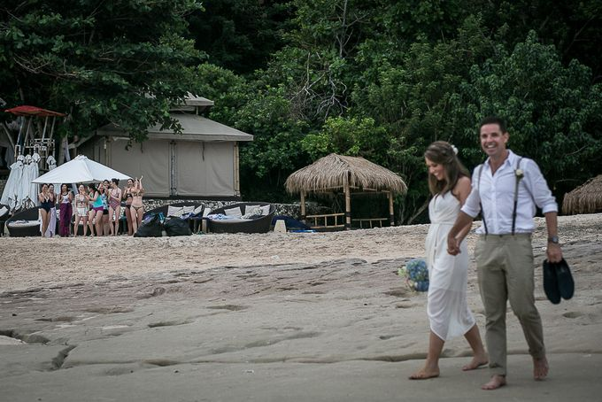 Cara and Sam Wedding at villa Vogel by Ferry Tjoe Photography - 046