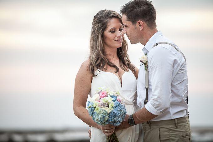 Cara and Sam Wedding at villa Vogel by Ferry Tjoe Photography - 047