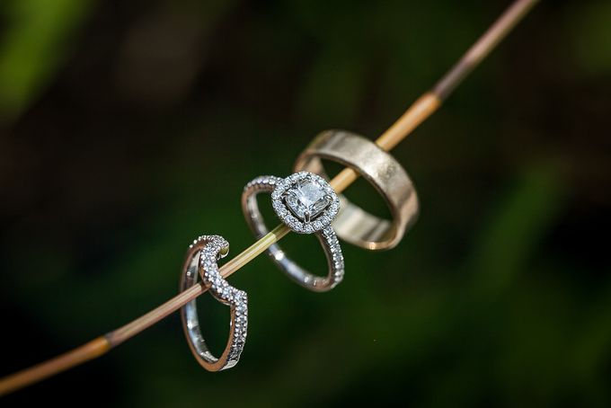 Cara and Sam Wedding at villa Vogel by Ferry Tjoe Photography - 009