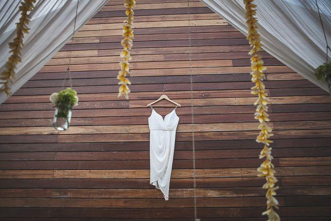 Cara and Sam Wedding at villa Vogel by Ferry Tjoe Photography - 002