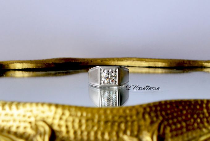 Must-Have Cufflinks & Chevalieres for the Groom by L'Excellence Diamond - 003