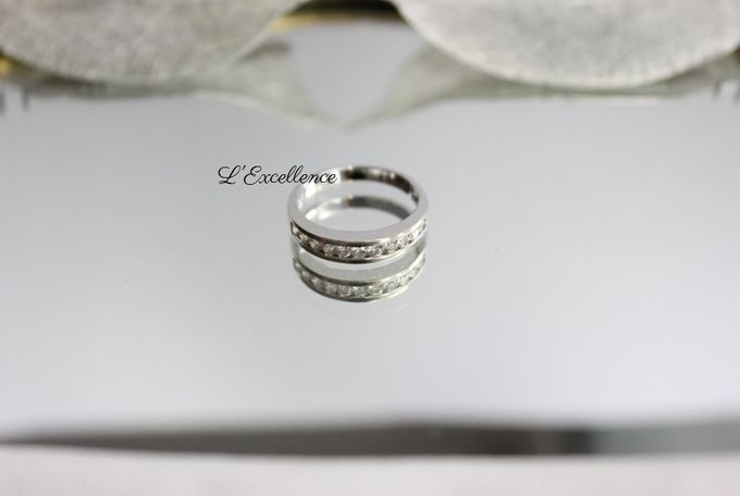 French Haute Couture Wedding Bands by L'Excellence Diamond - 004