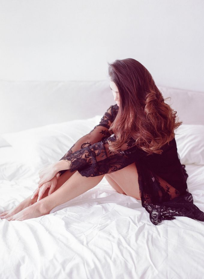 Sensual Boudoir by Chen Sands Photography - 002