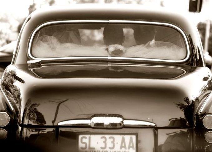Classic Daimler major Magestic Wedding Car by Tic Tac Tours & Premier Limousines - 002