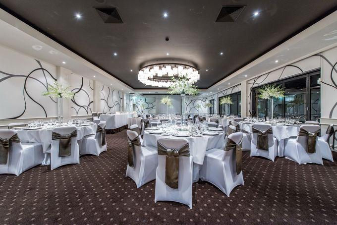 Gala Ballroom 100 - 220 guests by Brighton Savoy - 001