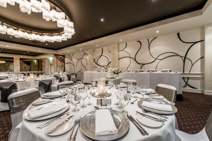 Gala Ballroom 100 - 220 guests by Brighton Savoy - 005