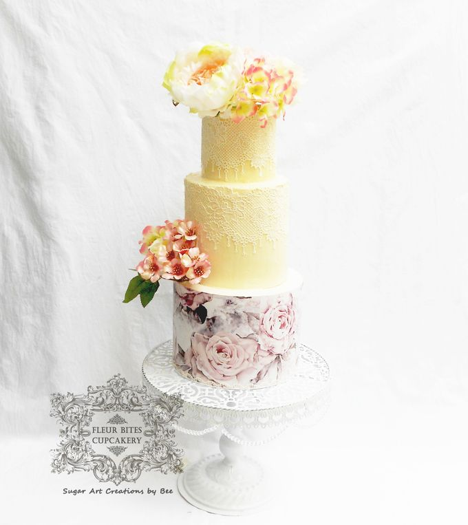 Engagements & Wedding Cakes by Fleur Bites Cupcakery - 035