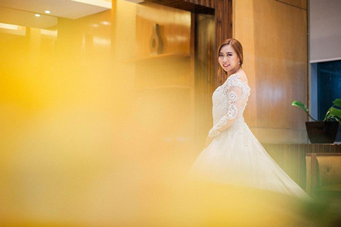 Crowne Plaza Ortigas Wedding by Lloyed Valenzuela Photography - 045