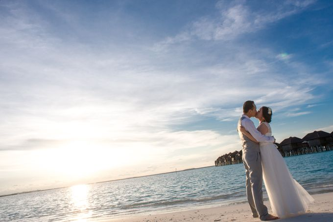 Grace & Geral Destination Wedding in Maldives by Asad's Photography - 005