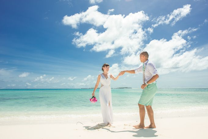 Ron and Aleenas  Beach Wedding in Maldives by Asad's Photography - 009