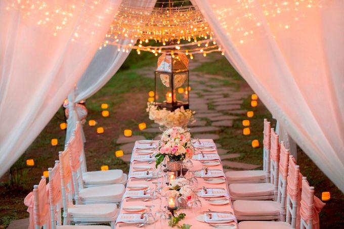 kayumanis ubud-dinner reception- pathway by Kayumanis Private Villa and Spa - 004