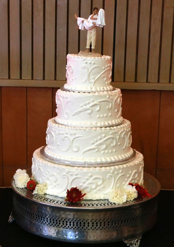 Cakes by Casablanca Bridal And Tuxedo - 003