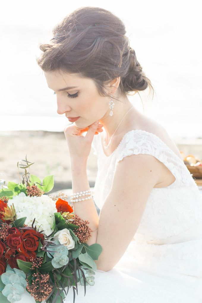 A Styled Bridal Shoot by Rebecca Ou Photography - 020