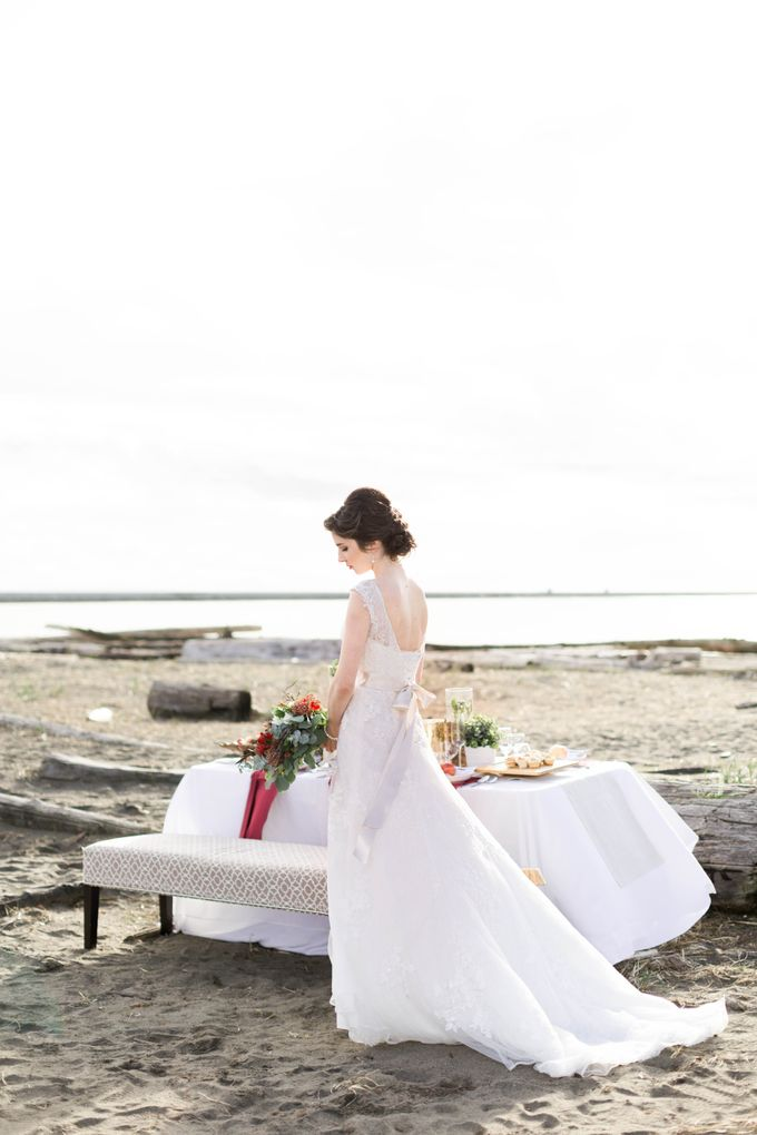 A Styled Bridal Shoot by Rebecca Ou Photography - 030